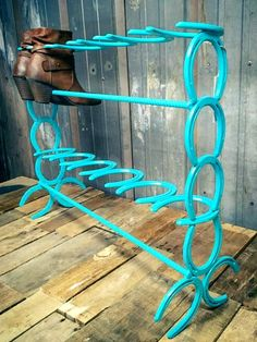 Horseshoe Boot Rack, Country Boot Storage, 6 Pair Horse Shoe Boot Rack - Welding Projects about you searching for. Horseshoe Projects, Horseshoe Crafts, Horseshoe Art, Metal Projects, Metal Crafts, Diy Projects, Horseshoe Letters, Welding Crafts, Home Furniture