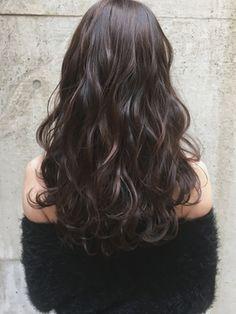 ラベンダーモーヴブラウン大人かわいい巻き髪デジタルパーマ - 24時間いつでもWEB予約OK!ヘアスタイル10万点以上掲載!お気に入りの髪型、人気のヘアスタイルを探すならKirei Style[キレイスタイル]で。