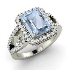 Emerald-Cut Aquamarine Ring in 14k White Gold with SI Diamond