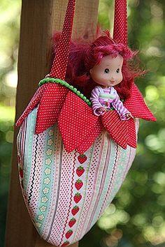 strawberry bag. sewing pattern. strawberry shortcake party