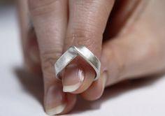 Silver V Ring Minimalist Silver Ring Pointed Ring by MinimalVS