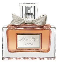 Editor's Pick: This perfume reminds Nora of watching her mom get ready for a fancy dinner #ScoreSense