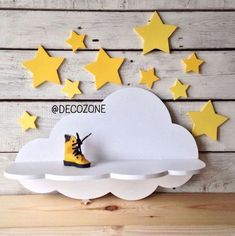 easy to make wooden gifts Diy Furniture Plans, Kids Furniture, Diy Arts And Crafts, Wood Crafts, Wood Plastic, Wooden Toy Cars, Wooden Projects, Wooden Gifts, Art Wall Kids