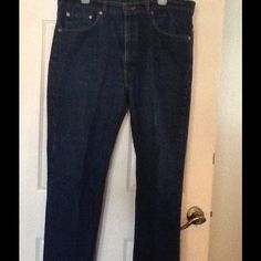 Men's jeans Men's Levi's 517 jeans 100% cotton almost new worn a few times no rips or tares. Levi's Jeans Straight Leg