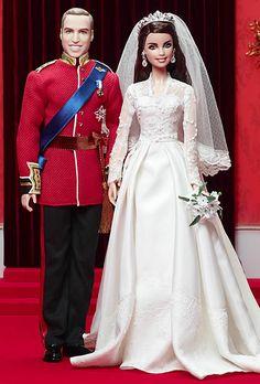 Kate et William, Duc et Duchesse de Cambridge, sont devenus depuis leur mariage des stars interplanétaires. Ils méritaient bien un couple royal Barbie à leur effigie.