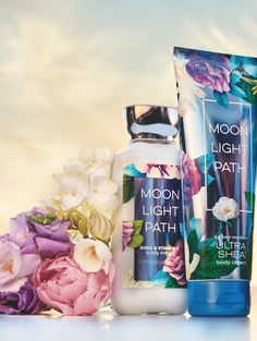 A soft blend of lavender, lilies, oak moss & musk. Bath N Body Works, Bath And Body Works Perfume, Body Wash, Fragrance Mist, Body Spray, Smell Good, Smooth Skin, Skin Care, Face Care