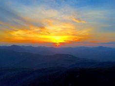 Sunset from Mount Chocorua.  Courtesy Jenny Gould #livefreenh