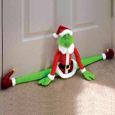 Cool! Christmas Deco, Christmas Crafts, Grinch Party, Draft Stopper, Elf On The Shelf, Crafty, Cool Stuff, Sewing, Holiday Decor