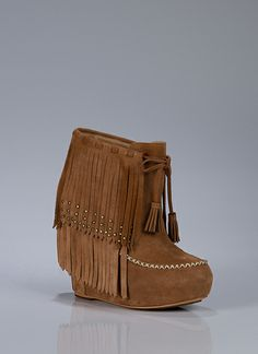 Fringe Wedges! #boho #fringe #wedges not sure about them but I bet eventually they would grow on me:))