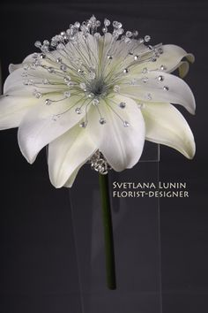 Best 12 composite wedding bouquet from lilies from Svetlana Lunin Large Paper Flowers, Giant Flowers, Faux Flowers, Fabric Flowers, Wedding Brooch Bouquets, Bride Bouquets, Floral Bouquets, Boquet, Crystal Bouquet