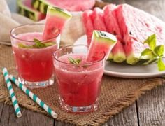 Anti-Aging Watermelon Ginger Detox Drink All Detox Ginger Detox, Ginger Drink, Ginger Juice, Benefits Of Eating Watermelon, Body Detox Drinks, Creamed Asparagus, Pickle Vodka, Bebidas Detox, Smoothies