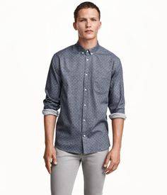 Long-sleeved shirt in soft cotton fabric with a brushed finish and button-down collar. Regular fit.