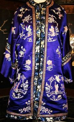 Antique Chinese Robe Silk Embroidery Qing Embroidered Forbidden Knot Museum Wow! #ChingDynasty