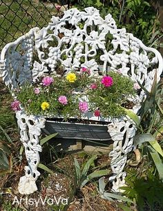Egg Swing Chair, Swinging Chair, Swing Chairs, Old Chairs, Black Chairs, Chair Planter, Wrought Iron Chairs, Iron Bench, Small Accent Chairs