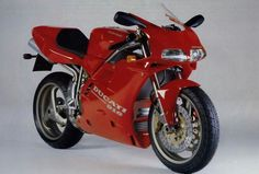 Ducati 916. Proof that man can out design nature !