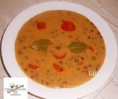 11 egyszerű és házias leves filléres alapanyagokból | Mindmegette.hu Lidl, Cheeseburger Chowder, Food And Drink, Soup, Drinks, Drinking, Beverages, Drink, Soups