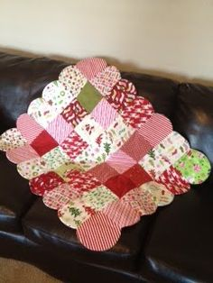 Cosmo Quilts: Easy Christmas Quilt