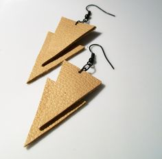 Bi Leather Triangle Natural Leather Earrings