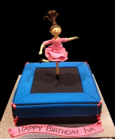 Trampoline Birthday Cake - by Nada's Cakes Canberra Gymnastics Birthday Cakes, Big Birthday Cake, 9th Birthday Parties, It's Your Birthday, Birthday Celebration, Trampoline Cake, Trampoline Birthday Party, Cake & Co, Eat Cake