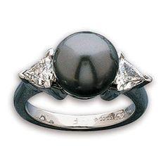 Tahitian pearl wedding rings