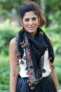 Très Awesome ♥ Chicago Street Style: Chicago Street Fashion - Azeeza Khan