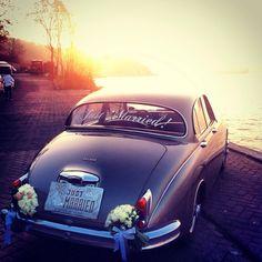 #weddingcar #wedding #justmarried #jaguar  Bridal car, photo by Bige Yalin