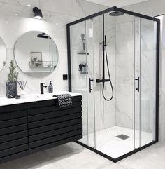 Banheiro preto e branco: 50 dicas e inspirações Interior Design Minimalist, Minimalist Decor, Bathroom Goals, Dream Bathrooms, Master Bathrooms, Master Baths, Small Bathrooms, White Bathrooms, Modern Bathrooms