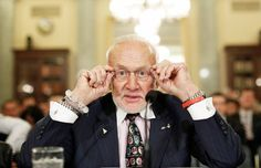 The moon? Been there, done that. Buzz Aldrin's next mission: Colonizing Mars.
