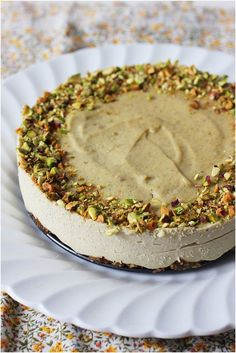 Vegan Pistachio Cheesecake // 80twenty - Perfect for vegan valentines who don't love pink!