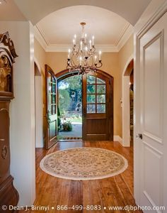 front doors and archway.....LOVE the double front door.....possibly a must have in the next house!!