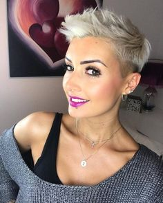 Hairstyles With Clips Best Short Mohawk 2020 For Amazing Women.Hairstyles With Clips Best Short Mohawk 2020 For Amazing Women Oval Face Haircuts, Short Pixie Haircuts, Pixie Hairstyles, Cool Hairstyles, Haircut Short, Bob Haircuts, Short Grey Hair, Short Hair Cuts For Women, Short Hairstyles For Women