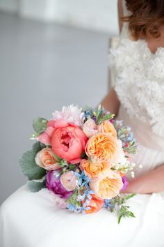 Coral-Peach-Purple-Colorful-Bouquet | photography by http://saragrayphotography.com/