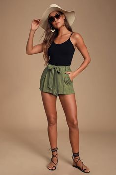 Cute Summer Outfits, Cute Casual Outfits, Short Outfits, Beach Outfits, Fashionable Outfits, Summer Travel Outfits, Cute Summer Clothes, Summer Clothes For Women, Smart Casual Shorts