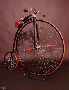 El velocípedo de los Mesiceks en MAD Gallery.