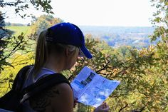5 hiking essentials for the perfect outdoor experience - i hope you will enjoy to read this article.