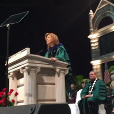 """Hoda Kotb @hodakotb takes the stage at #tulane16 commencement and reminds graduates to thank their """"mom and dem."""""""