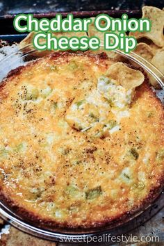 Cheddar Onion Cheese Dip is a creamy dip for all your tailgating needs. Filled with green onions and cheddar cheese, this is an easy dip recipe you'll want to make over and over! Easy Appetizer Recipes, Dip Recipes, Beef Recipes, Great Recipes, Chicken Recipes, Dinner Recipes, Yummy Recipes, Recipe Ideas, Appetizers