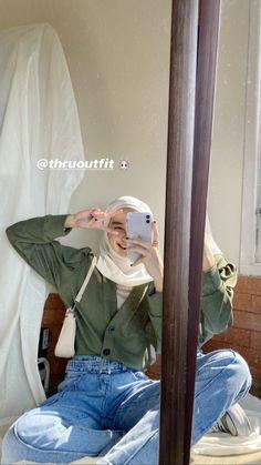 Modest Fashion Hijab, Modern Hijab Fashion, Street Hijab Fashion, Casual Hijab Outfit, Hijab Fashion Inspiration, Cute Casual Outfits, Simple Outfits, Pretty Outfits, Fashion Outfits