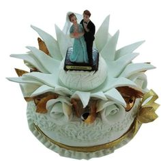 Cake for delivery on Valentine day