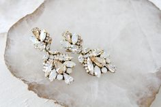 Antique gold Swarovski crystal statement bridal earrings in vintage in – Treasures by Agnes Modern Bridal Jewellery, Pakistani Bridal Jewelry, Bridal Jewelry Sets, Indian Bridal, Gold Bridal Earrings, Wedding Earrings, Antique Gold, Chandelier Wedding, Swarovski