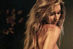 ΚΟΛΑΣΗ: Γνωστή παρουσιάστρια τα… πέταξε στο Playboy (pics) > http://arenafm.gr/?p=301019