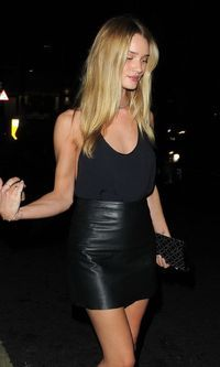 Look: Balada de Rosie Huntington