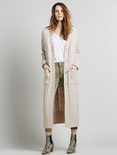 Le look bohème : de longs cardigans en maille #MbyCristina #teva #look #boheme
