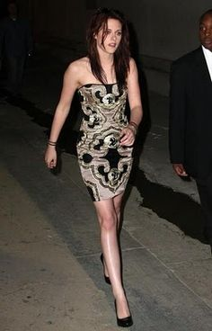 Marchesa dress, House of Lavande cuff, Gucci heels, Marc Jacobs rings