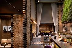 Hospitality Case Study> Thompson Chicago - The Architect's Newspaper