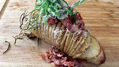 Hasselbackpoteter med bacon og parmesan Pulled Pork, Street Food, Parmesan, Bacon, Fish, Meat, Dinner, Shredded Pork, Dining