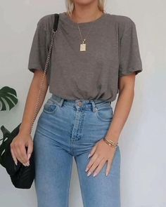 38 University Outfit Ideas Youll Want To Steel This&; 38 University Outfit Ideas Youll Want To Steel This&; 38 University Outfit Ideas Youll Want To Steel […] outfits ideas Uni Outfits, Neue Outfits, Sweater Outfits, Spring Outfits, Fashion Outfits, Womens Fashion, Korean Outfits, Spring Dresses, Fashion Trends