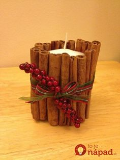 Cinnamon for Christmas Decoration; Adding an Aroma of Christmas to Your House: Compact Ideas Applied On Aromatic Cinnamon Decor Ideas For Ch. Party Table Centerpieces, Christmas Centerpieces, Natural Christmas, Christmas Candle, Christmas Holiday, Christmas Ideas, Handmade Christmas Decorations, Favorite Holiday, Spice Things Up