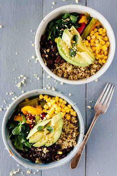 Vegan Meal-Prep Black Bean Quinoa Bowls! Vegan, vegetarian, gluten-free, and super easy to make!