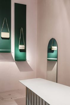Atelier Bontekoe van Put designs accessory brand Lies Mertens's store with aesthetics to match its brand ethics. Fashion Shop Interior, Boutique Interior Design, Design Blog, Store Design, Design Trends, Color Trends, Commercial Interior Design, Commercial Interiors, Visual Merchandising